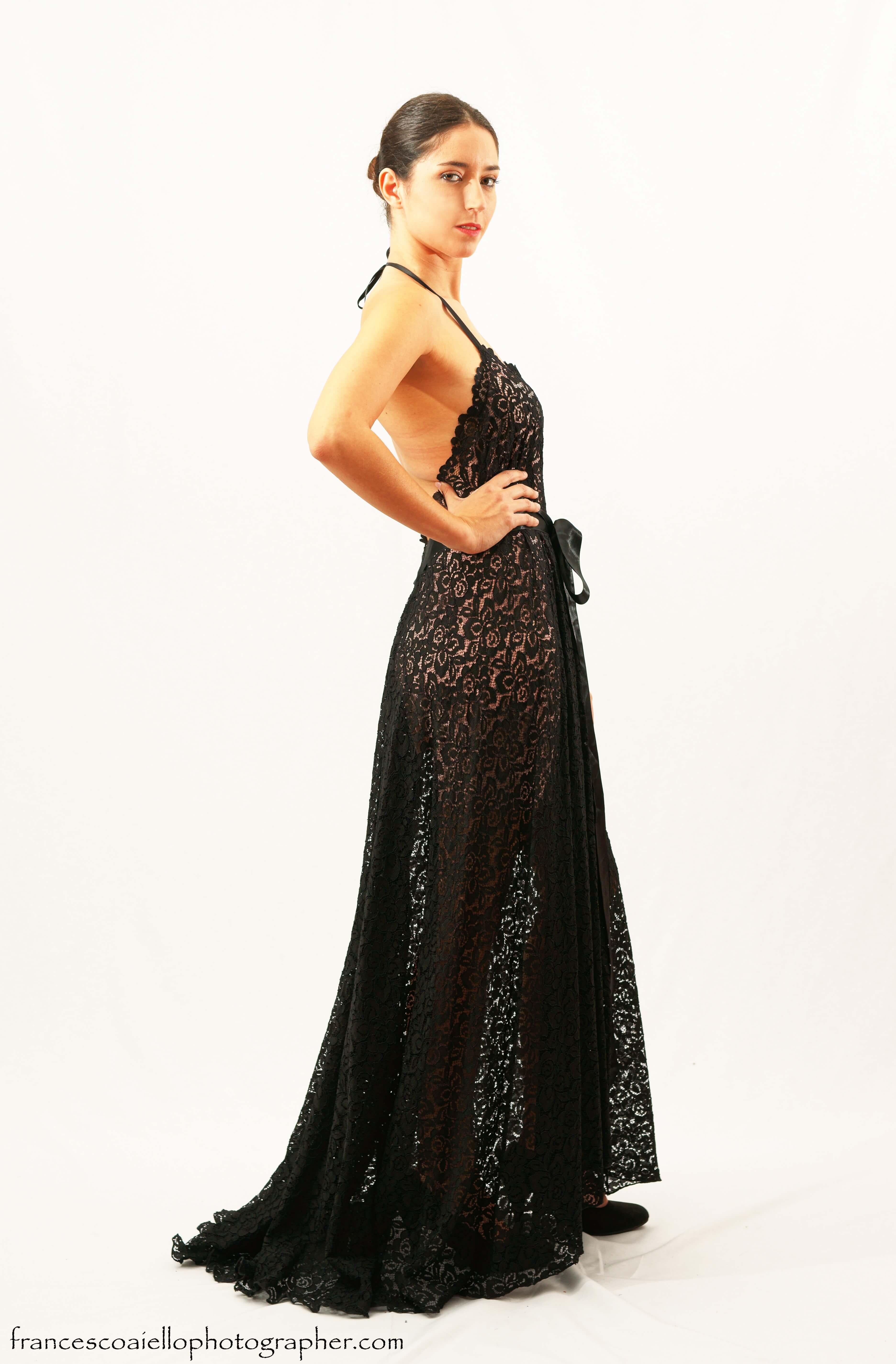 Vestido negro encaje transparente